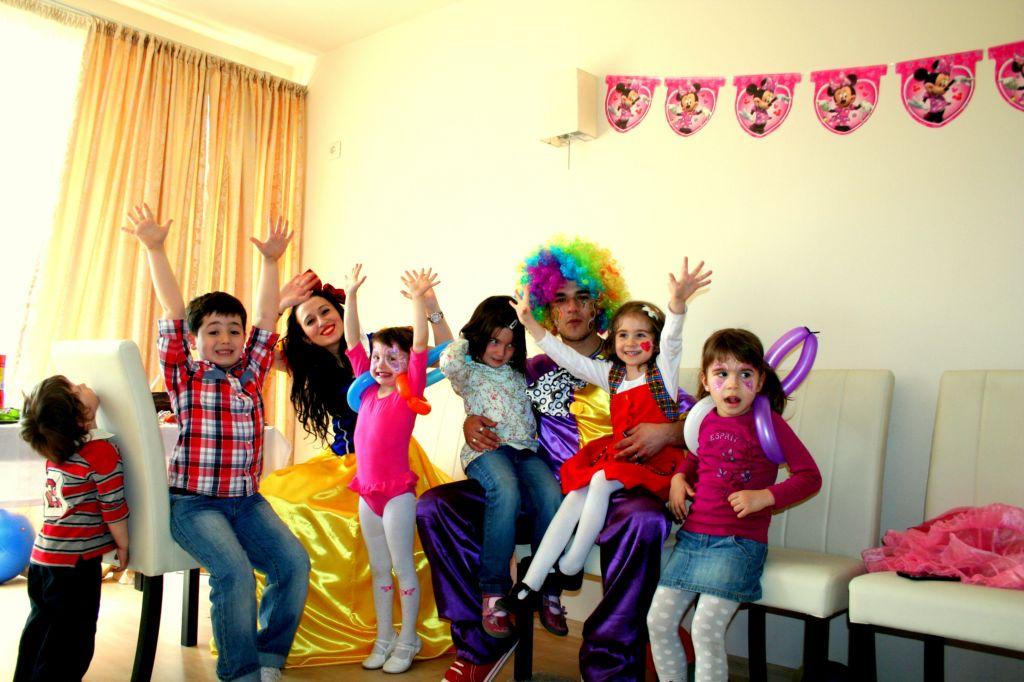 Cum organizezi o petrecere reusita pentru copii